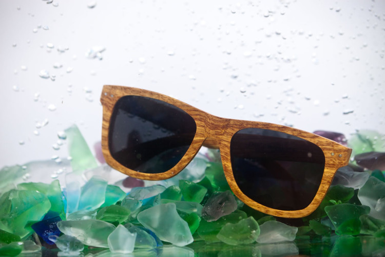 Polarized sunglasses and seaglass underwater...